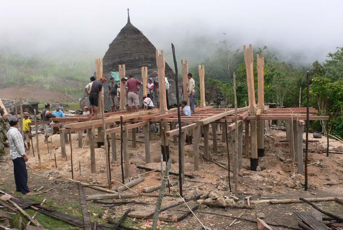 ...http://arsiteknsantara.blogspot.com. Waerebo Josef Prijotomo...